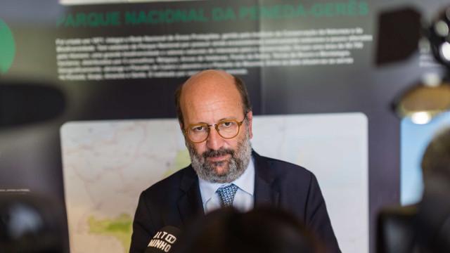 """Ministro do Ambiente considera que luta dos estudantes é """"a mais justa"""""""