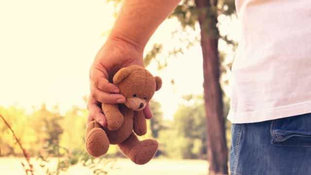 Babysitter condenado a prisão por abuso sexual de crianças