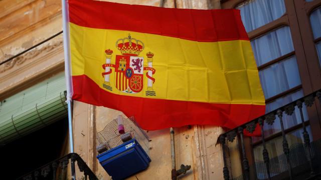 Líderes partidários espanhóis cruzam acusações pelo impasse político