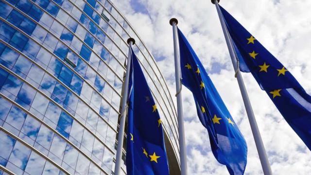 Zona euro mantém crescimento económico frágil em agosto