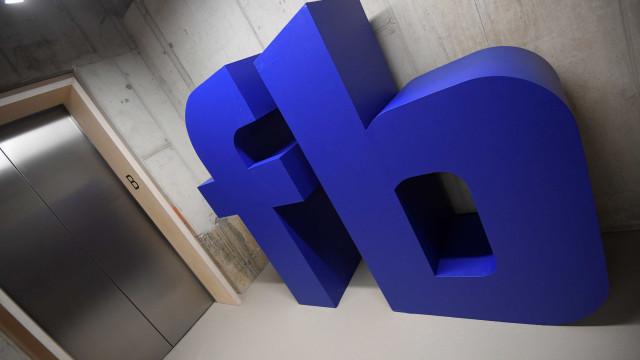 Facebook acusado de discriminação racial por colaborador e candidatos