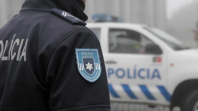 Polícia monta caça ao homem que atropelou agente da PSP