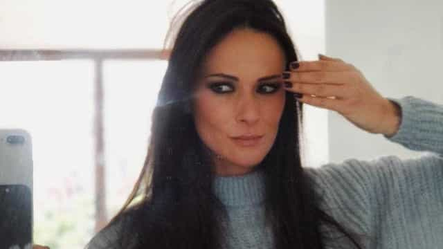 """Após operação, Helena Costa faz fisioterapia """"todos os dias"""""""