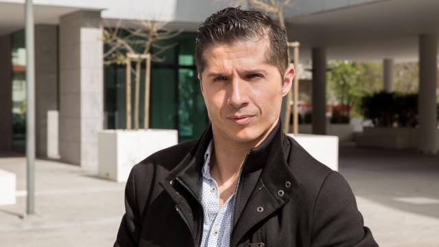 """Paulo Azevedo: """"Perguntam muitas vezes se consigo ter relações sexuais"""""""