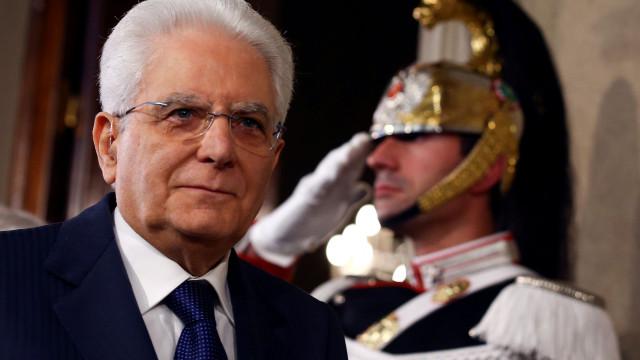 PR italiano permite aos partidos negociar novo governo até terça-feira