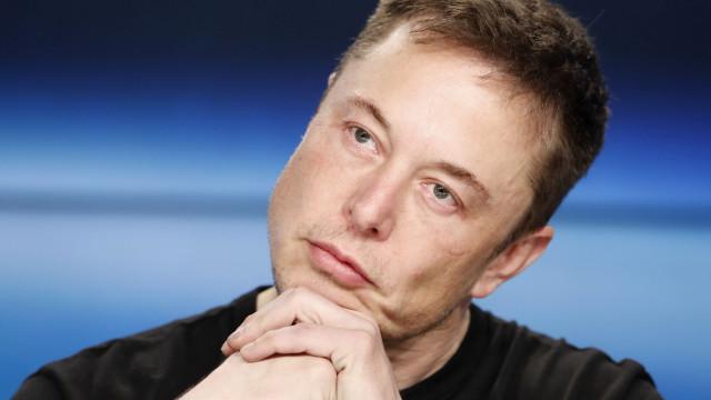 """""""O trampolim funciona"""", 'vinga-se' com humor Elon Musk"""