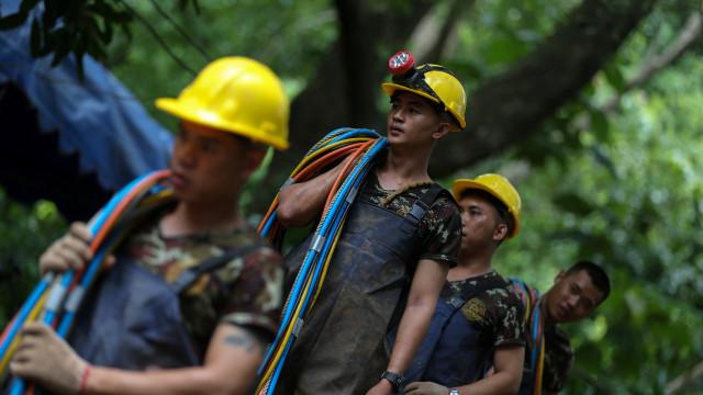 Resgate na Tailândia
