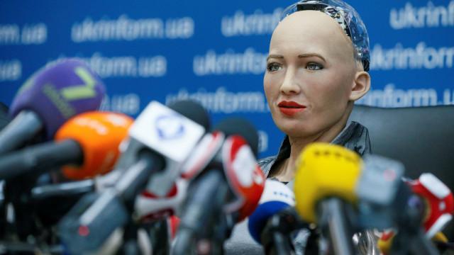 Lembra-se da Sophia? A robot diz que gostava de ter filhos