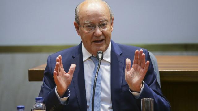 """PdC reage à detenção de Platini: """"Largos dias têm 100 anos"""""""