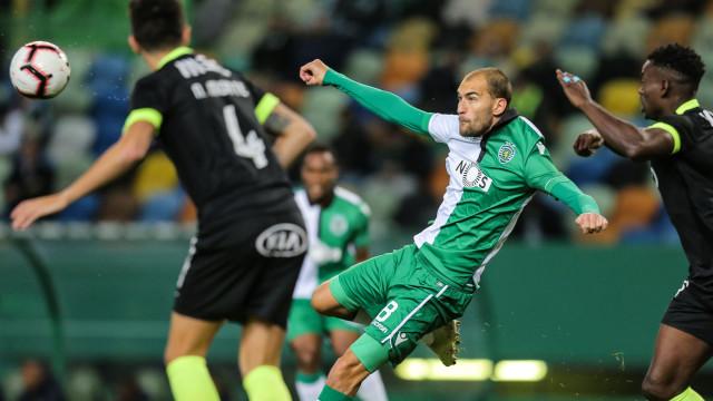 Treinador do Eintracht Frankfurt quer Bas Dost... ainda hoje