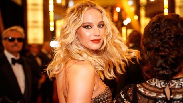 Os primeiros looks dos famosos no casamento de Jennifer Lawrence