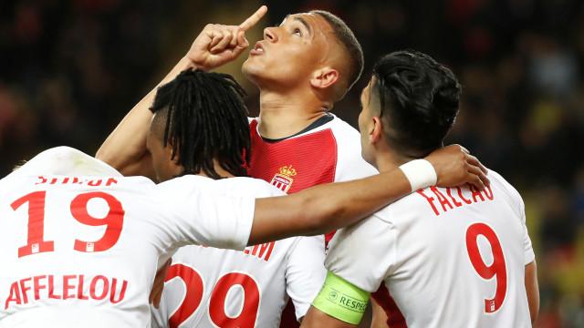 Benfica recebe avançado ainda esta sexta-feira