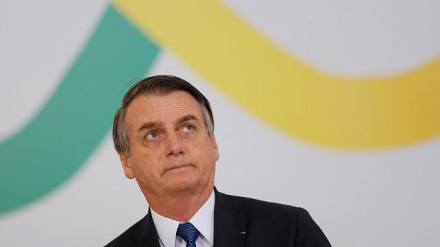 Bolsonaro usa vídeo de caça a baleias na Dinamarca para criticar Noruega