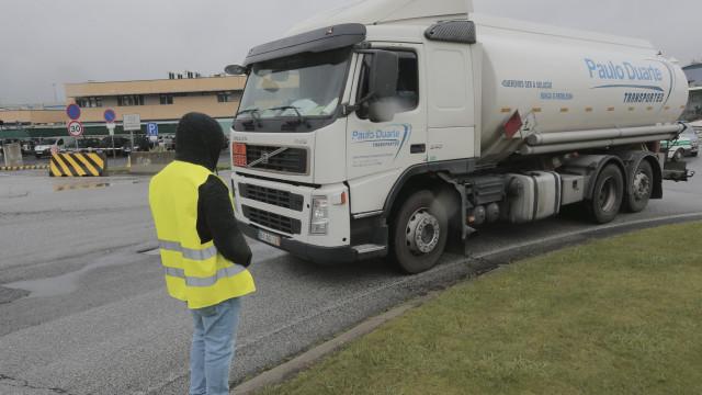 Motoristas de matérias perigosas entregaram o pré-aviso de greve