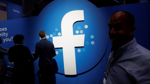 """""""Tenho sangue nas mãos"""", admite ex-colaboradora do Facebook"""