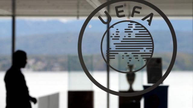 UEFA cede à 'pressão'. Jogos dos oitavos não vão acontecer em Portugal