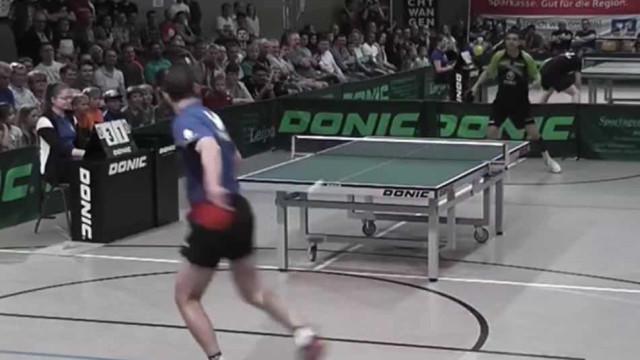 Ex-campeão mundial de ténis de mesa faz um ponto impensável