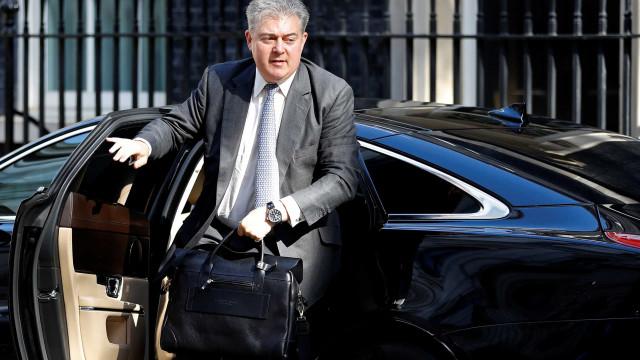 Reino Unido: Partido Conservador espera eleger líder até 20 de julho