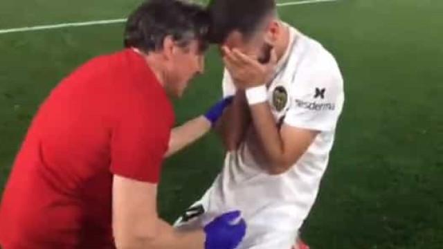 Jogadores do Valencia não seguraram as lágrimas após a conquista da Taça