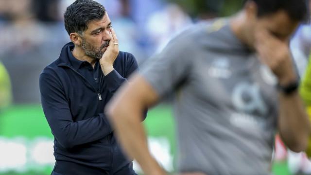 """FC Porto arrasa: """"A história repetiu-se. Dizem que é futebol..."""""""