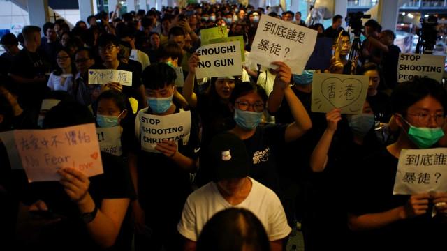 Manifestantes planeiam mais protestos em Hong Kong para alertar o G-20