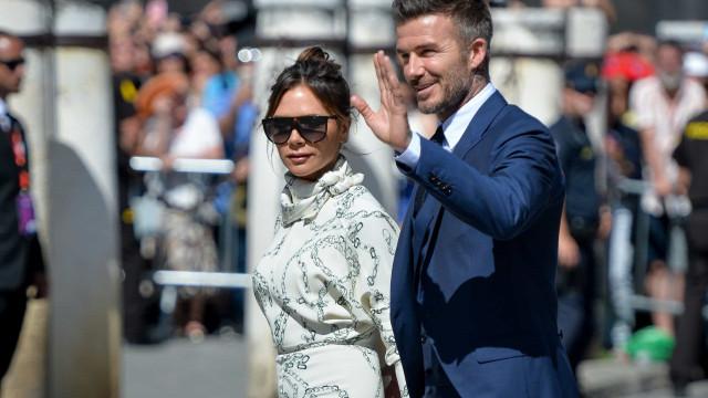 Visual de Victoria Beckham quebrou as regras do casamento de Sergio Ramos
