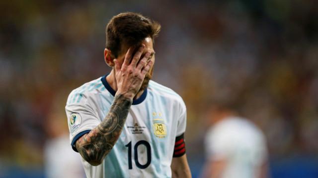 'A Argentina faz-te mal?' Oito imagens que retratam o Messi da seleção