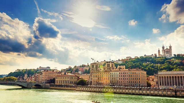 Faça as malas e vá até Lyon!