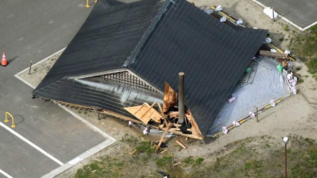 Pelo menos 21 feridos no Japão após sismo de magnitude de 6,8