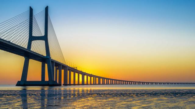 Selos dos CTT dedicados às pontes portuguesas foram premiados em Itália