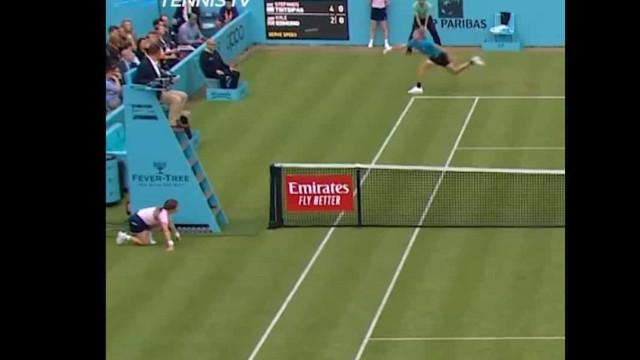 Que bolada: Campeão do Estoril Open fez estragos à cara do árbitro