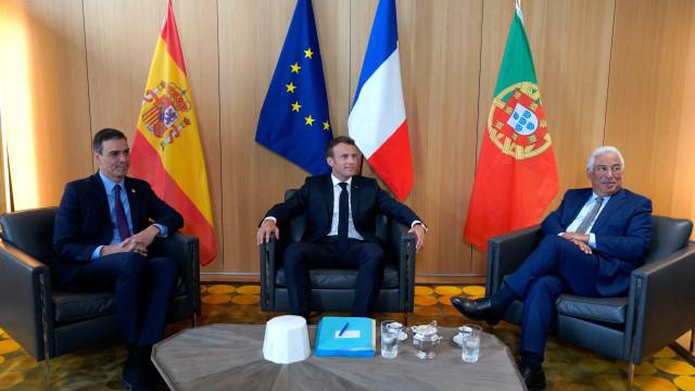 """Costa e restantes negociadores com reunião """"positiva"""" antes de Conselho"""