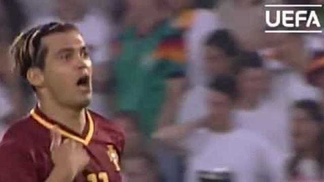 Há 19 anos Sérgio Conceição 'aterrorizou' os alemães com este hattrick