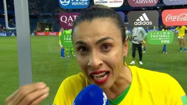 """O emocionado discurso de Marta: """"Chorem no começo para sorrir no fim"""""""