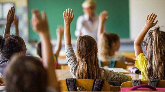 Já não é preciso entregar prova escolar para aceder ao abono de família