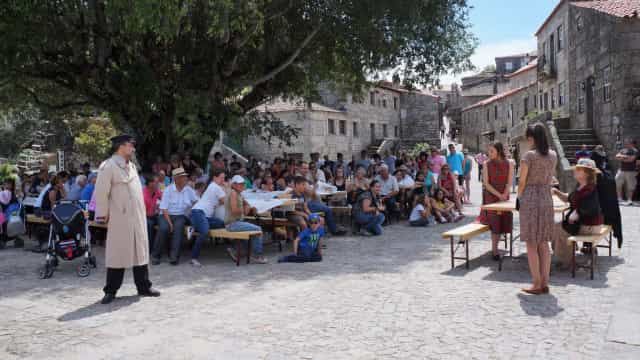 Lenda do 'Beijo sem Fim' inspira festa na aldeia histórica de Sortelha