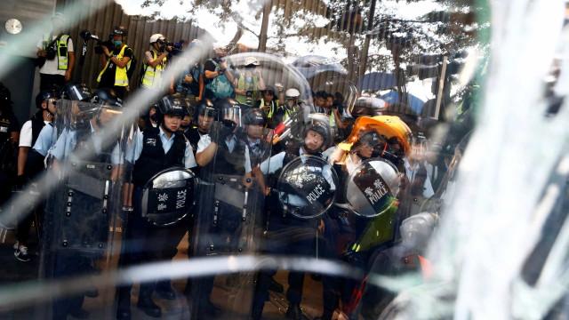 Hong Kong prepara-se para mais um dia de protestos
