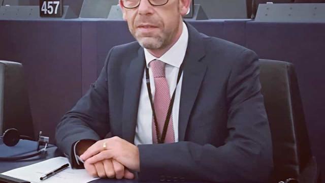 Morreu eurodeputado do PS André Bradford