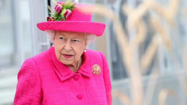 Isabel II tinha um bar... e fechou porque os funcionários bebiam demais