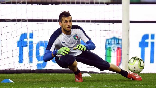 Benfica 'agarra' Mattia Perin. Eis os pormenores do negócio
