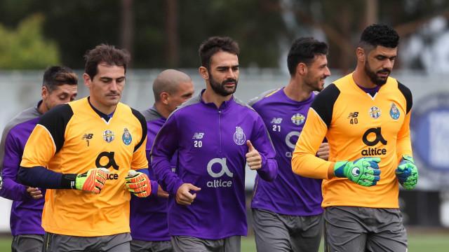 """Adrián López esclarece polémica: """"Respeito muito o FC Porto"""""""