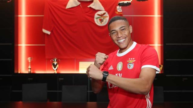 As primeiras palavras de Carlos Vinícius como jogador do Benfica
