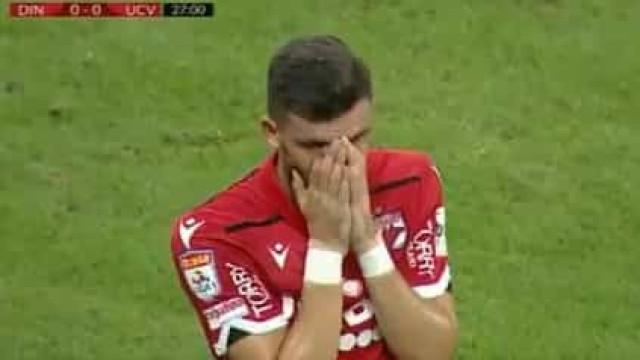 Treinador do Dínamo Bucareste colapsa durante jogo após ataque cardíaco