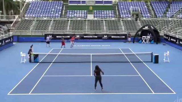 Quando um homem desafia Serena Williams o resultado só podia ser este