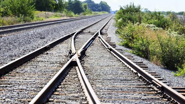 Lançados concursos para exploração de antigas estações ferroviárias