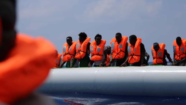 Portugal disponível para acolher 35 resgatados pelo navio Ocean Viking
