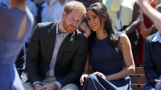 Meghan Markle homenageou a princesa Diana através da roupa do filho