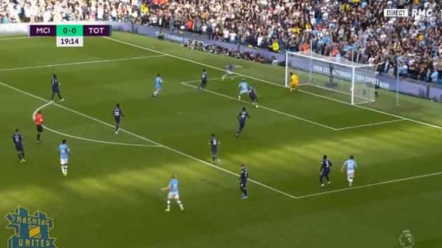 Foi assim que Sterling inaugurou o marcador do Manchester City-Tottenham