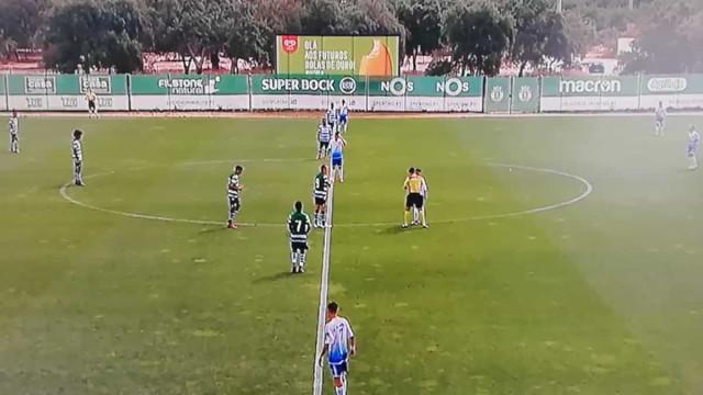 Caricato: Sporting marca sem tocar na bola e logo aos 13 segundos de jogo
