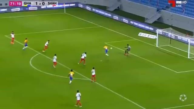 Sofiane Hanni estreia-se no Qatar com golo 'mágico' de calcanhar